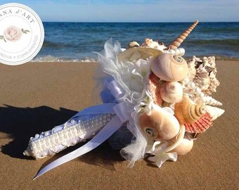 Beach wedding bouquet, White sea shells and pearls bouquet, Beach wedding