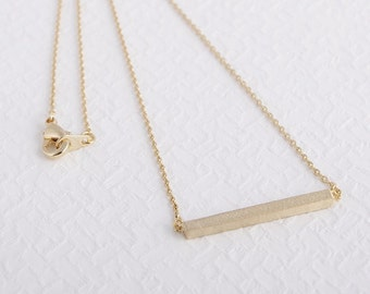 18k Gold Bar necklace