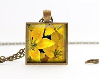 Yellow Lillium -  Nature Flowers Handmade Pendant Necklace
