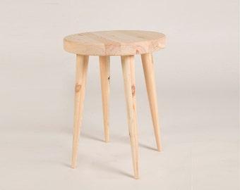Customizible wooden stool + DIY kit