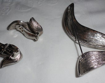 Silver Pin and matching earrings