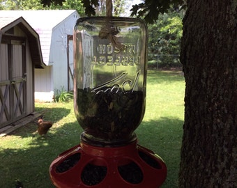 Hanging bird feeder from Mason jar