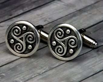 Celtic Triskele Cufflinks - Celtic Triskele Cuff Links - Handmade Mens Accessory - Gifts For Him - Groom Gift - Fathers Day - Wedding