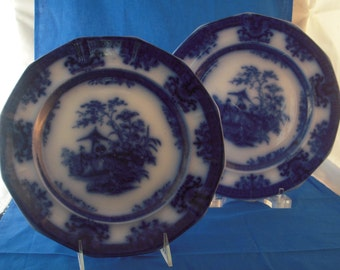 Pair of Flow Blue Amoy Pattern Pottery Plates by Davenport, made in England 19th Century