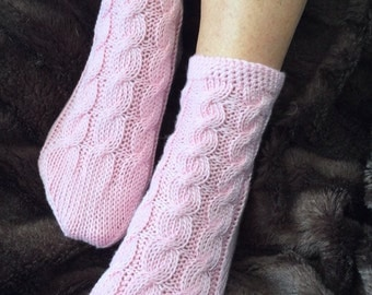 Bamboo bed socks by Willow Luxury to fit UK size 5 to 6, US 7 to 8, European size 38 to 39