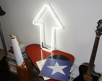 Neon Sign Arrow