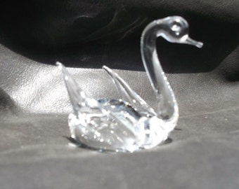Swan Glass Figurine