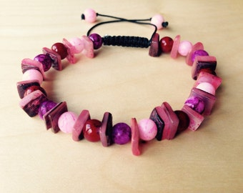 Pink chunky adjustable bead bracelet