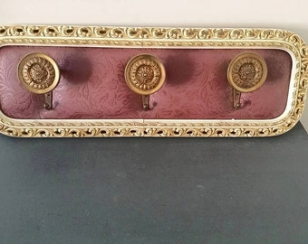 Lovely over the top baroque/antiques/vintage style coat rack