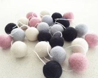 Ballet Slipper 2m Felt Ball Garland
