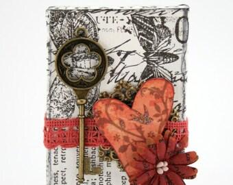 Mixed Media Decoration: Key to my Heart III.
