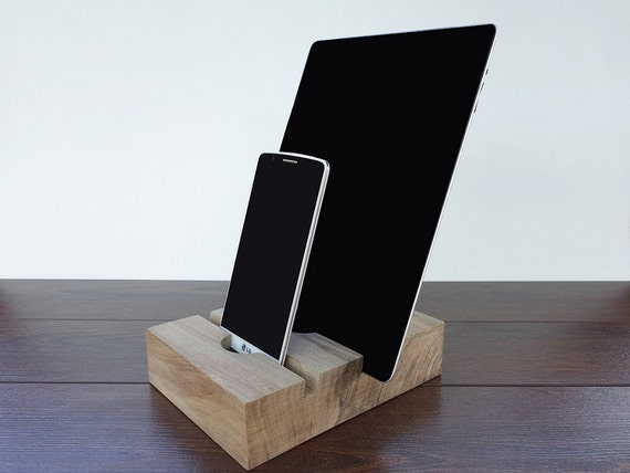 iphone 7 and ipad air 2 wood dual charging station ipad dock. Black Bedroom Furniture Sets. Home Design Ideas