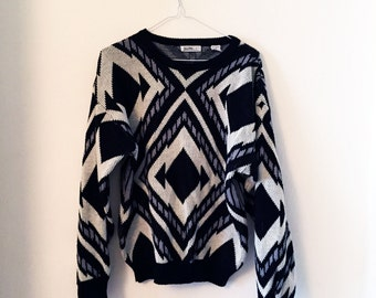 Vintage pattern thick knitted jumper (M)