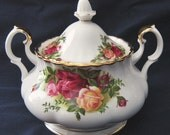 Mint Royal Albert China Old Country Roses DBL Handled Sugar Bowl