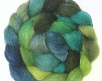 SPARKLY SUPERWASH BFL roving top handdyed wool spinning fiber 2.9 oz