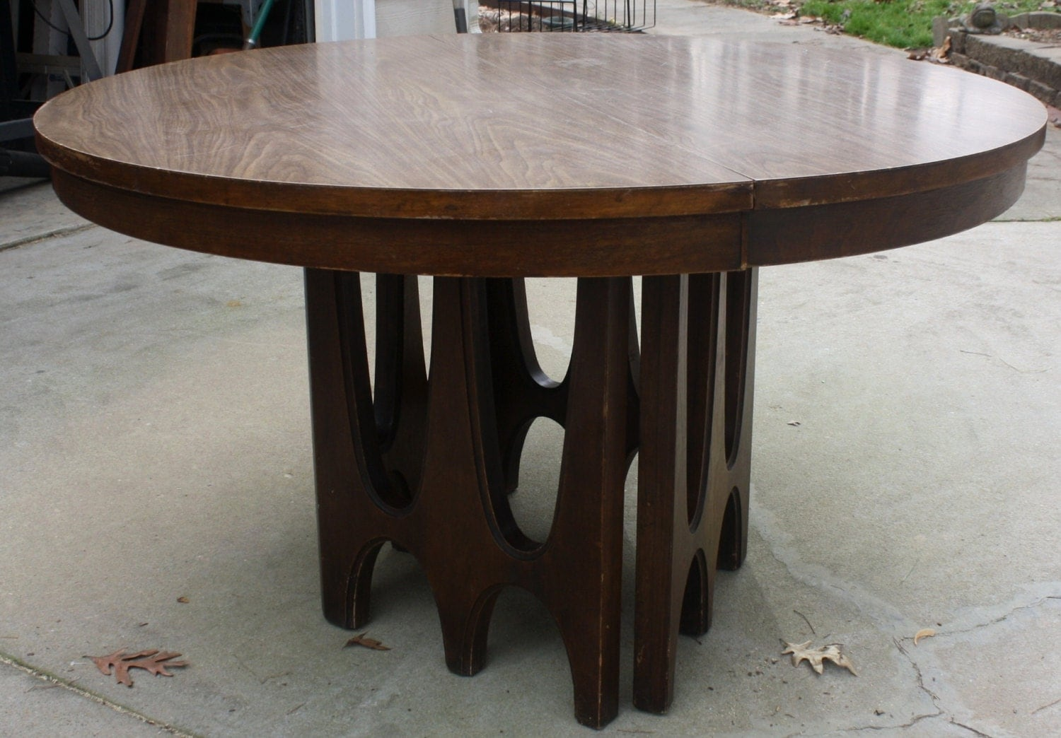mid century pedestal dining kitchen table - haute juice