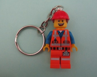 Lego Keychain / Phone Strap (Collectible Minifigures The LEGO Movie - Hard Hat Emmet)