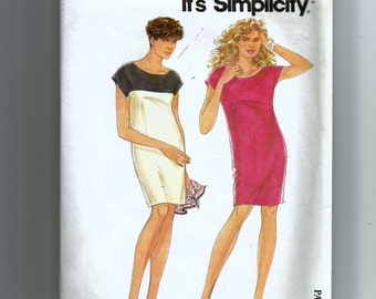 Simplicity Misses' Pull-On Dresses Pattern 7676