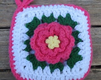 Vintage Pink and Yellow Rose on White with Green Leaves Crocheted Yarn Potholder