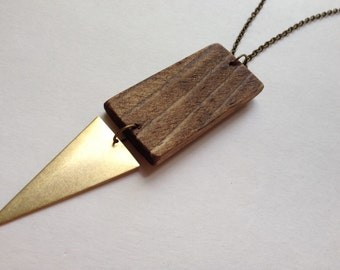 Wood brass arrow necklace