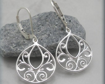 Filigree Earrings, Sterling Silver, Dangle Earrings, Lightweight Earrings, Teardrop, Leverbacks, Metal, Gift for Her, Metal Jewelry (SE616)