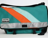 Messenger bag in bright colors