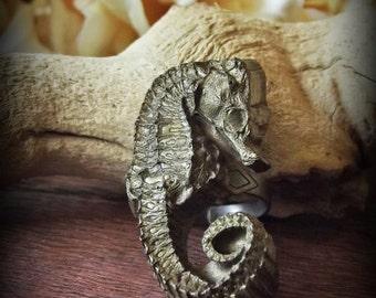 Seahorse Resin Replica Ring