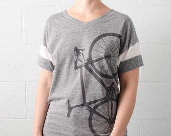 WOMEN's ROAD BIKE tee - XLarge Sport V-Neck Shirt - charcoal on athletic gray