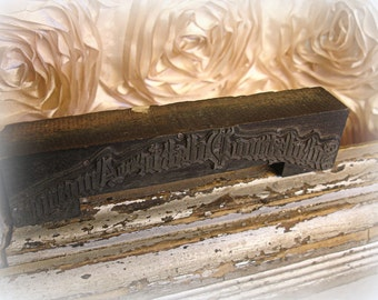 antique printers block . letterpress printers block metal on wood foreign text arched heading beautiful font!!!