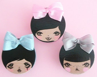 Sisters Doll Face Brooch