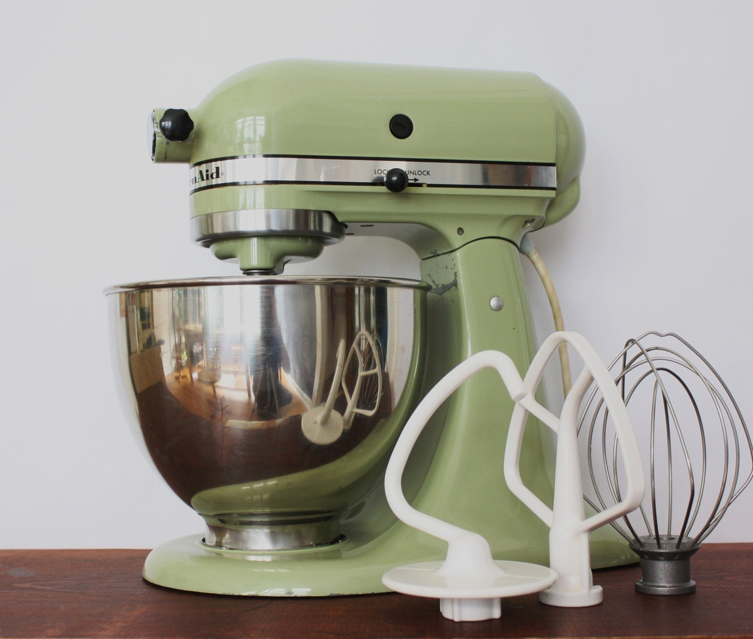 Vintage Green Kitchen: Vintage Avocado Green Kitchenaid Standing Mixer With Bowl And