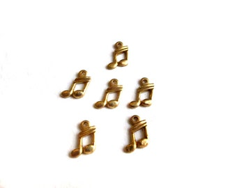 Tiny Brass 16th Music Note Charms (6x) (M528)