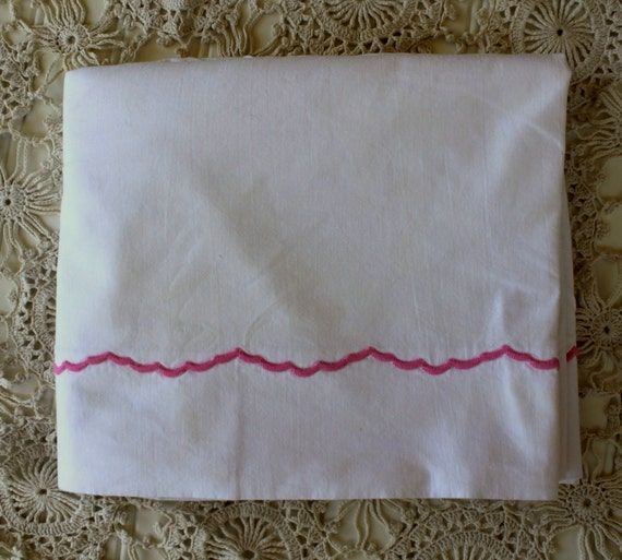 Vintage Sheet - 1940s - 1950s - Cotton Percale - Crisp White Cotton - Pink Detail