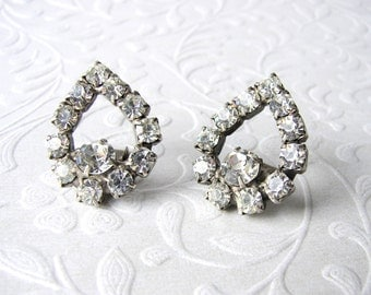 Sweet Little Vintage Rhinestone Shoe Clips Costume Jewelry Accessory Tear Shape Wedding Bridal Formal Prom Special Occasion Accessories