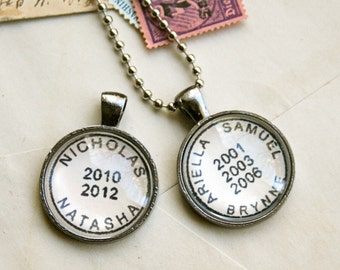 Custom Personalized Necklace Postmark Style / Custom Children's Names Birth Dates Engagement Wedding Anniversary Personalized Jewelry