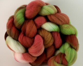 Back Bay Roses Hand-Dyed Targhee Top 5.3 oz.