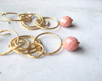 long earrings, matte gold earrings, pastel colors, turquoise, pale pink, golden jewelry, pendientes oro mate, hecho a mano, sterling silver