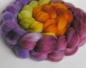 Roving Fiber Top Wool Falkland Gradient  MAY DAY  Phatfiber Feature May 4 oz Easy Spin Felt Knit Weave Craft Purple Green