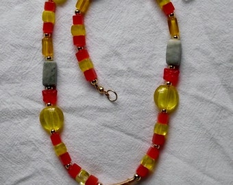 Warm Spring beaded necklace with pendant