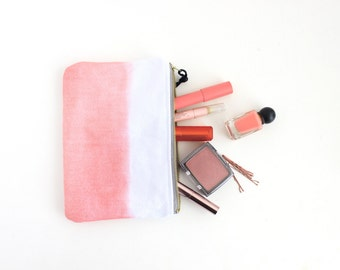 Coral pouch with zipper I