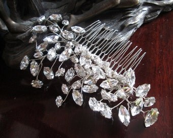 Wedding hair comb, Bridal hair accessories, wedding hair accessories, bridal comb, wedding comb, Handmade crystal hair comb