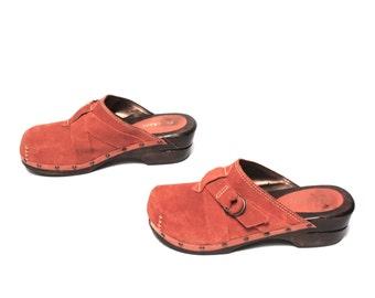 size 8 CLOGS orange suede 70s 80s 90s WOODEN SKECHERS platform mules