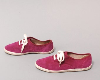 size 7.5 KEDS style fuchsia suede leather 80s 90s SNEAKERS tennis shoes