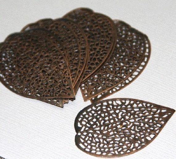 100 pcs of antiqued Copper finished filigree leaf focal 36 X24mm