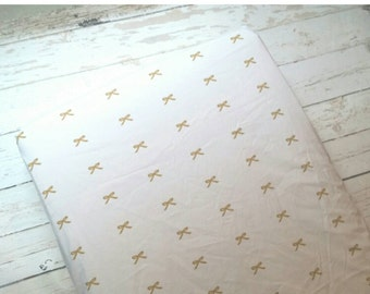 Exclusively from FINGERS & TOES-Tiny Gold Bows