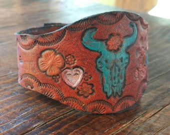 Hand Tooled Leather Cuff Bracelet - Hand Painted Buffalo Head - Flowers - Cowgirl Jewelry - Western