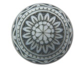 Vintage Etched Mosaic Black and White Cabochons 10mm cab712F