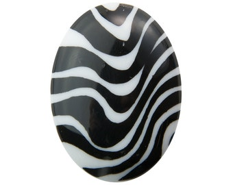 Vintage Black and White Zebra Striped Oval Cabochon 40mm x 30mm (1) cab264