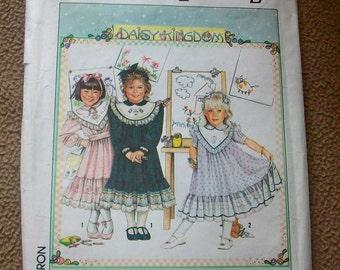 Simplicity 9637 Daisy Kingdom Child's dress  Sewing Pattern