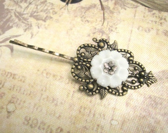 Victorian Hair Clip, Woodland Hair Pin, Filigree, Antique Brass, White Button, Floral Hair Clip, Vintage Button Hair Pin, Button Bobby Pin